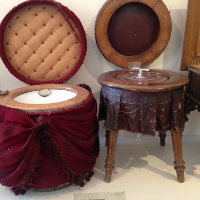 "Portable ""Room Toilets"" from 1840 in the Museum"
